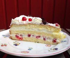 Rote-Johannisbeer-Sekt-Torte