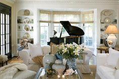 Piano Room Design Ideas For Small Spaces – Family Room İdeas 2020 Piano Living Rooms, Formal Living Rooms, My Living Room, Home And Living, Living Room Decor, Small Living, Coastal Living, Living Area, Grand Piano Room