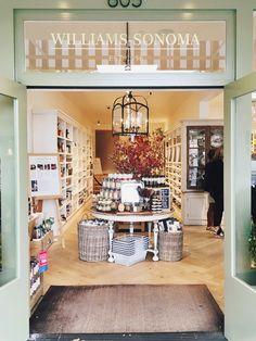 the original williams-sonoma store in sonoma via coco kelley Kitchen Display, Kitchen Store, Kitchen Nook, Kitchen Styling, Shop Interior Design, Retail Design, E Design, Cheap Beach Vacations, Home Gadgets