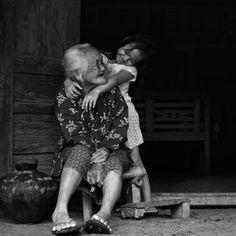 lindasinklings:    together.  (via 500px / dewan irawan / Photos)  Source: dewan irawan, photographer