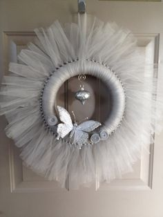Items similar to Silver Tulle Holiday Wreath on Etsy - Deko Tulle Crafts, Wreath Crafts, Diy Wreath, Making Bows For Wreaths, How To Make Wreaths, Christmas Swags, Holiday Wreaths, Deco Mesh Wreaths, Door Wreaths