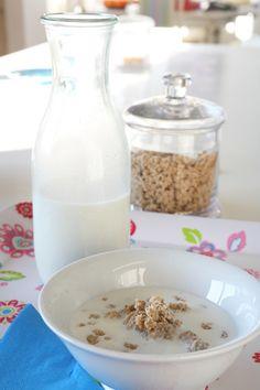 Almond milk and breakfast cereals Vegan Milk, Breakfast Cereal, Almond Milk, Oatmeal, Dairy, Cooking, Food, The Oatmeal, Baking Center