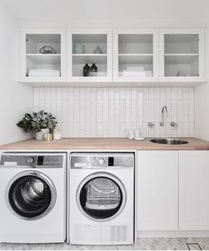 Best Laundry Room Decorating Ideas To Inspire You - Page 31 of 53 - VimDecor laundry room ideas, laundry room organization, laundry room design, laundry room decor Room Makeover, Room Design, Washing Machine, Laundry Mud Room, Home Decor, Laundry, Modern Laundry Rooms, Basement Laundry