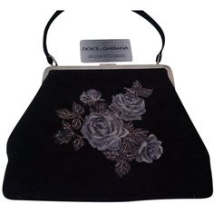 Pre-owned Dolce&gabbana Unique Shoulder Bag (22.380 RUB) ❤ liked on Polyvore featuring bags, handbags, shoulder bags, none, wool handbag, black flower handbag, black purse, dolce&gabbana y wool purse