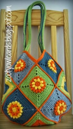 Popcorn Stitch Squares Bag - I'd definitely change the colors but like the concept Crochet Tote, Crochet Handbags, Crochet Purses, Love Crochet, Knit Crochet, Diy Tote Bag, Diy Purse, Attic 24 Crochet, Granny Square Bag
