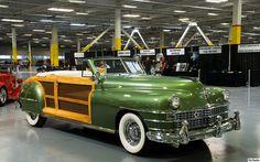 1948 Chrysler Town  Country Convertible - lite grn met