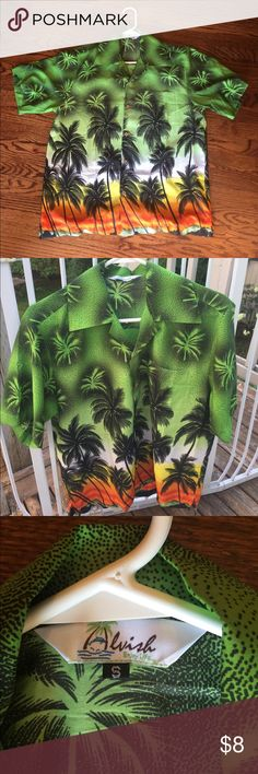 🌴 Fun Green Hawaiian Shirt Men's Small Never Worn High quality wooden buttons and overall loose fit, perfect for a themed party or other summer occasion! Alvish Shirts Casual Button Down Shirts