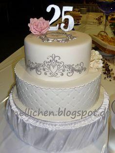 Nellichen und die Törtchen: Zweistöckige Torte zur Silberhochzeit; Silver anniversary wedding cake