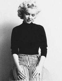 Marilyn Monroe Collection - Marilyn Monroe photographer by Ben Ross, Marilyn Monroe Photos, Marylin Monroe, Norma Jeane, Old Hollywood Glamour, Iconic Women, Classic Beauty, Hollywood Actresses, American Actress, Beautiful People