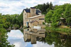 Elora Ontario, Reflections, Metcalfe Street Bridge, Elora Mill Inn, Drimmie Dam