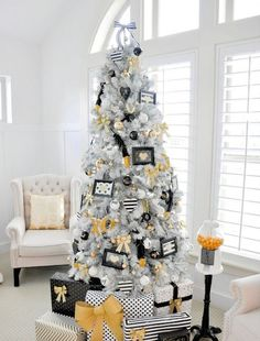 Cool, comtemporary and clearly creative, this white Christmas tree is the…