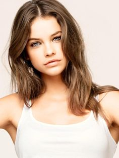 she looks like a brunette version of allison from PLL. love this hair color omg