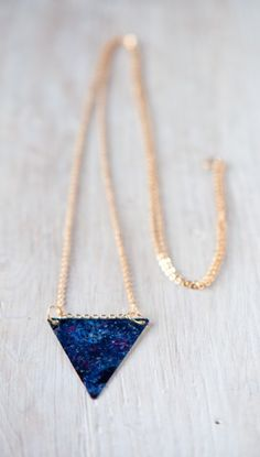 Cool And Easy DIY Galaxy Necklace