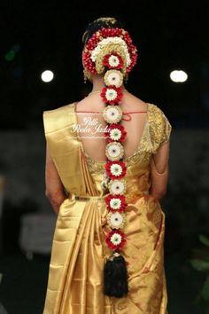 Saree matching poolajada