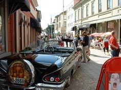 Classic cars in the mainstreet of Halden