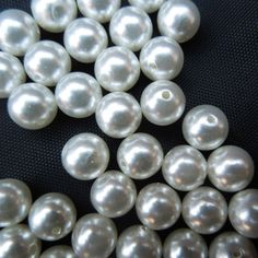 White Acrylic Round Pearl Beads for Jewellery Making Jewelry Making Beads, Jewellery Making, Beaded Jewelry, White Acrylics, Pearl Beads, Pearls, Ebay, Bead Jewelry, Jewelry Making