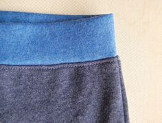 smooth waistband tutorial via the always amazing www.ikatbag.com