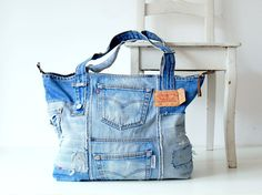 Denim bag vintage Levi's 501 with metall zipper, denim tote bag, jeans bag, beach bag, bags and purses, pool bag, recycled denim bag by Lowieke on Etsy https://www.etsy.com/listing/523491872/denim-bag-vintage-levis-501-with-metall