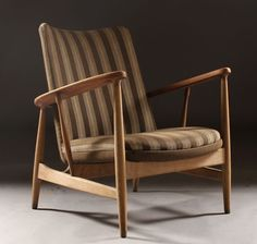 Finn Juhl; Teak and Oak Lounge Chair for Soren Willadsen, 1953.