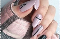 Nude and black gel nails idea