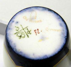 R C Old Vienna Backstamp Vase, China Dinnerware, Vienna, Mini, Pottery, Plates, Antiques, Tableware, Ceramica