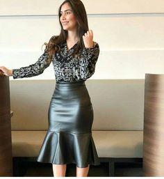 Röcke - Röcke Effektive Bilder, die wir über diy home decor anbieten Ein Qualitätsbild kann Ihnen viele - Leather Dresses, Leather Skirt, Skirt Outfits, Dress Skirt, Sexy Rock, Look Fashion, Womens Fashion, Modest Wear, Outfit Trends