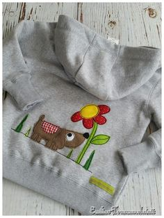 Freehand Machine Embroidery, Free Motion Embroidery, Embroidery Files, Cross Stitch Embroidery, Childrens Coats, Childrens Wardrobes, Kids Coats, Fabric Cards, Baby Co