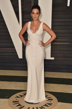 Pin for Later: After the Oscars, It's the Afterparty: See What Every Star Wore Jenny Slate The actress kept it sleek and understated in white. Celebrity Red Carpet, Celebrity Style, Jenny Slate, Vanity Fair Oscar Party, Celebrity Portraits, Red Carpet Looks, Celebs, Celebrities, Red Carpet Fashion