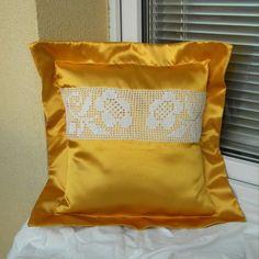 Sluneční svit Throw Pillows, Toss Pillows, Cushions, Decorative Pillows, Decor Pillows, Scatter Cushions