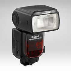 Nikon SB-900 Speedlight this will be on my wish list for this year :)