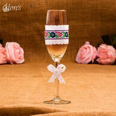 Tradičnejšia svadba či ľudová veselica? Povedzte to každým detailom a zažiarte.
