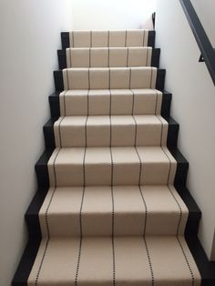 1000 Images About West Tisbury Martha 39 S Vineyard Stair Runner On Pinterest Transitional Home