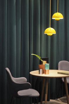 Tikkurila_Stockholm-furniture-fair-trends2017-petrol-blue-diningroom
