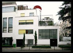 Hôtel des sculpteurs Jan et Joël Martel [1926-27], Paris XVIe. Architect: Robert Mallet-Stevens [1886-1945}
