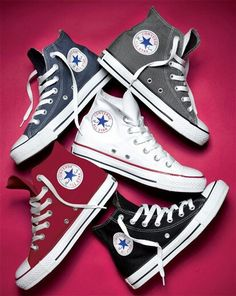 Converse All Star, High Top Converse Outfits, Converse Classic, Black High Top Converse, Converse Sneakers, Sneakers Fashion, Fashion Shoes, Clarks Shoes Mens, Jouer Au Basket
