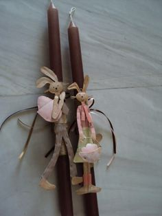 gecko thessaloniki Decorated Candles, Candle Art, Candels, Candle Making, Easter Crafts, Wax, Rocks, Ornaments, Handmade