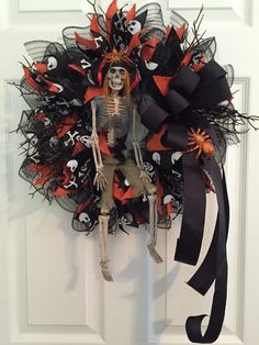 Halloween Wreath Skeleton Wreath Skeleton Prisoner Wreath