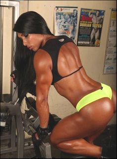 resized:  Gal Ferreira, bad bitch central.  I Used to see her Train everyday when i was Going to University in Birmingham. Saw Dorian Yates Everyday as well. :)