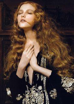 """Renaissance,"" Vlada Roslyakova by Pierluigi Maco for Vogue China, January 2007"