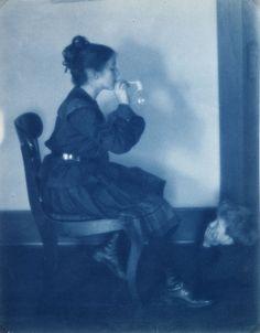 blowing bubbles 1903