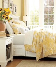 Hate those dust collecting fake flowers but love that sunshine yellow for a child's or guest bedroom Beautiful yellow bedroom. Hate those dust collecting fake flowers but love that sunshine yellow for a child's or guest bedroom Bedroom Bed, Guest Bedrooms, Dream Bedroom, Bedroom Decor, Bedroom Yellow, Yellow Bedding, Light Yellow Bedrooms, Yellow Bedspread, Light Yellow Walls