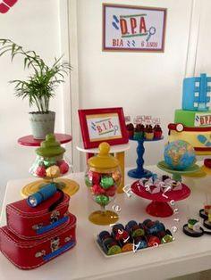 A linda Bia escolheu o tema - Detetive do Prédio Azul para comemorar os seus 6 anos de idade! Criamos uma mesa bem colorida e alegre! ...