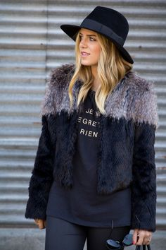 Julia Engel - Gal Meets Glam in the #prestonandoliva Malby Hat