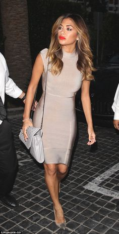 Nicole Scherzinger shows figure amid claims she's been dropped from record label | Daily Mail Online