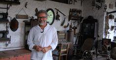 Professor de história tem museu do Nordeste dentro de casa, na Paraíba
