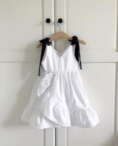 Best Children Clothes Sewing Ideas Ideas – Best for Kids Little Dresses, Little Girl Dresses, Girls Dresses, Baby Dresses, Dress Girl, Baby Girl Fashion, Kids Fashion, Korean Fashion, Winter Fashion