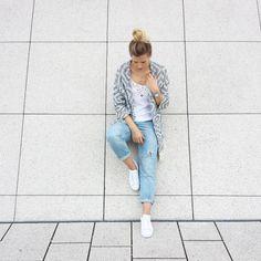 tifmys - Mango Kimono jacket, H&M Boyfriend jeans & Adidas Superstar sneakers.
