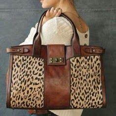 Acorn Lane Vintage Living: Fashion forward...or not? Leopard Print Bag, Leopard Handbag, Leopard Tote, Shopper, Mode Style, Beautiful Bags, Beautiful Clothes, Purses And Handbags, Leather Handbags
