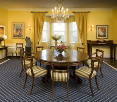 blue and yellow paint color schemes for the dining room | Dining Room Interior Decorating Ideas