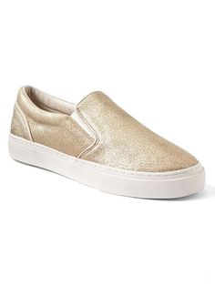 Gap gold slip on